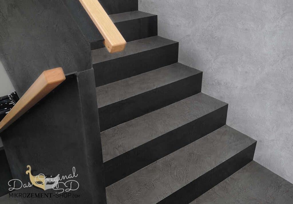 Mikrozement schwarze Treppen der trend