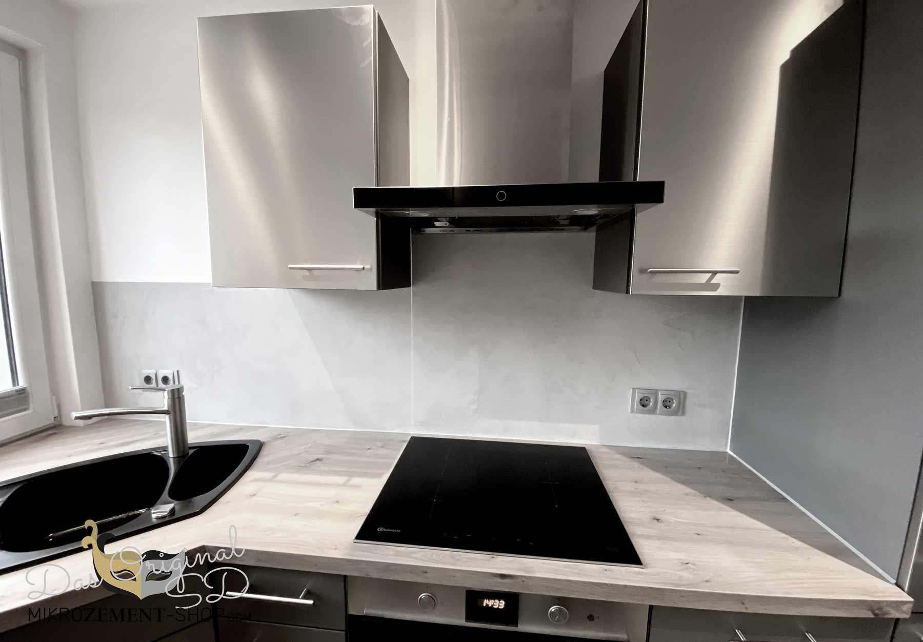 Mikrozement in der Küche fertig