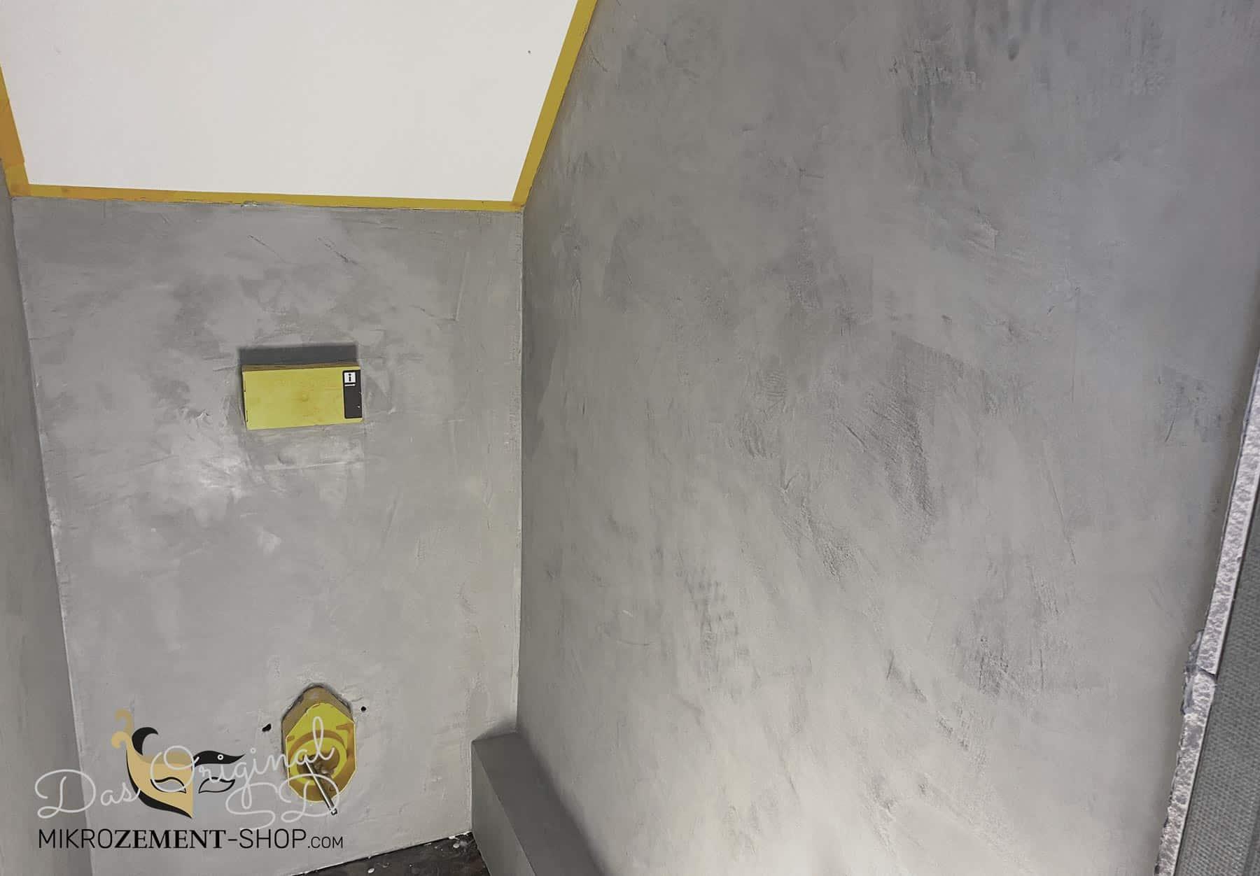 Microzement Mikrozement WC grau Wand